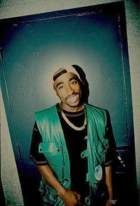A lovely smile from Tupac Shakur