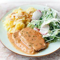 Schab gotowany w sosie pomidorowo-koperkowym | Kwestia Smaku