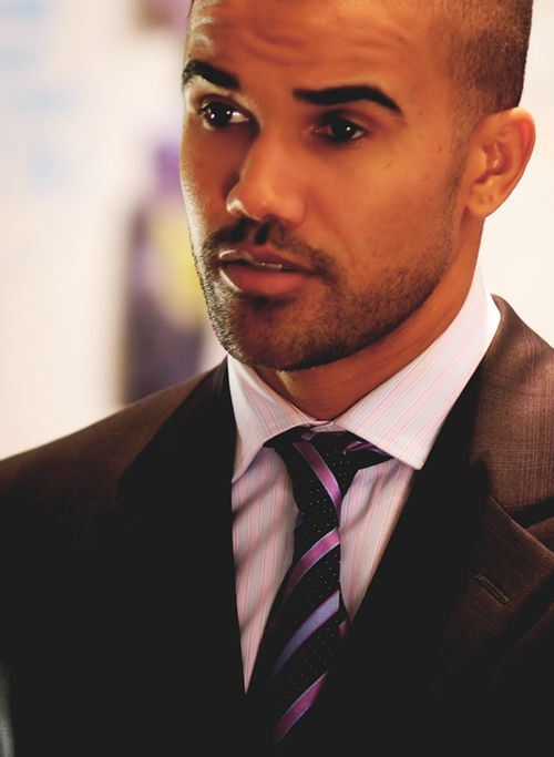 """Shemar """"Derrick"""" Moore and those perfect eyebrows."""