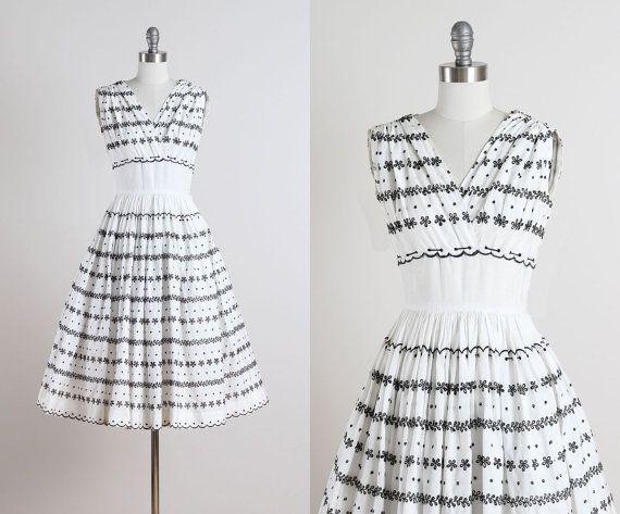 Carlye+.+vintage+1950s+dress+.+vintage+cotton+by+millstreetvintage