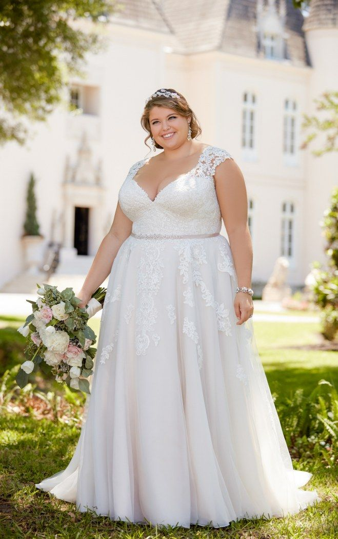 31 best Brautkleider für Mollige // Kurvig heiraten images on ...