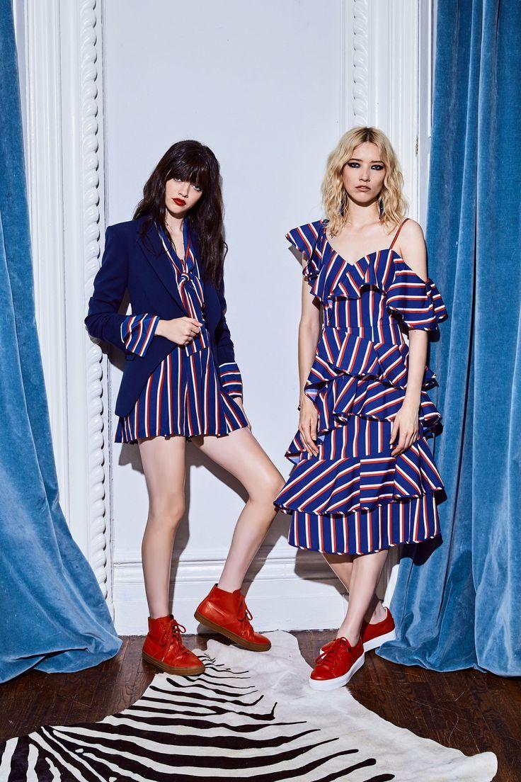 Alice + Olivia Resort 2018 Collection Photos - Vogue