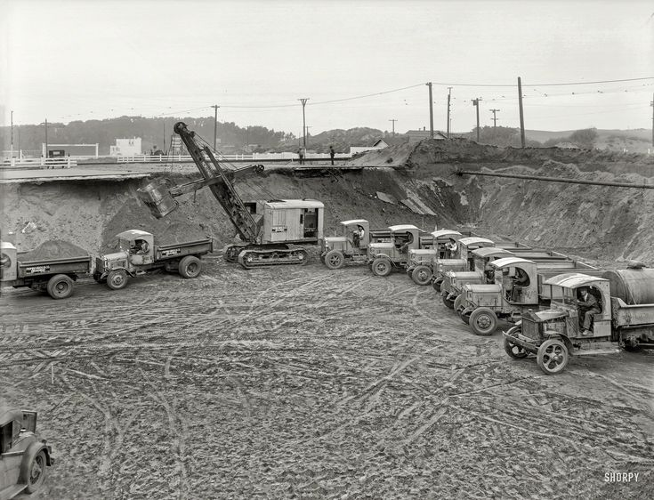 Shorpy Historic Picture Archive :: Trucks Entering Highway: 1931 high-resolution photo