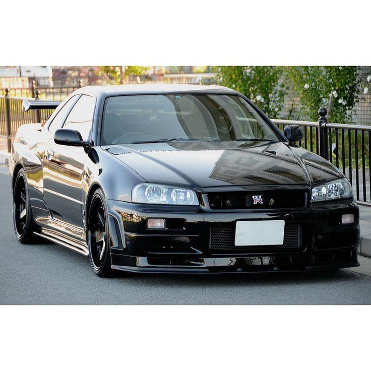 Nissan Skyline GTR R34 V-Spec II NUR for sale in Japan JDM EXPO