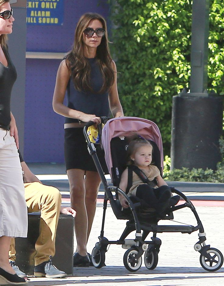celebrities bugaboo strollers - Google Search Victoria Beckham and Harper: Bugaboo Bee