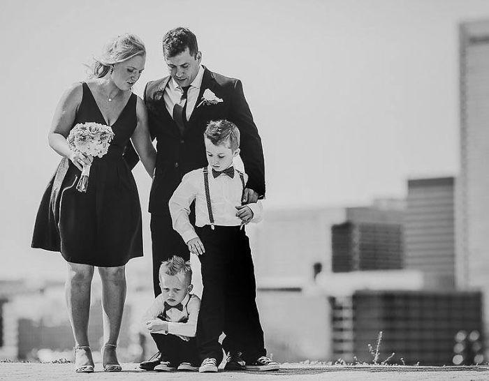 Sejamos sinceros: casamentos podem ser as vezes bem cansativo. Quando mal organizado, parecem durar para sempre e você normalmente é forçado a conversar com parentes que você tem evitado por anos. …
