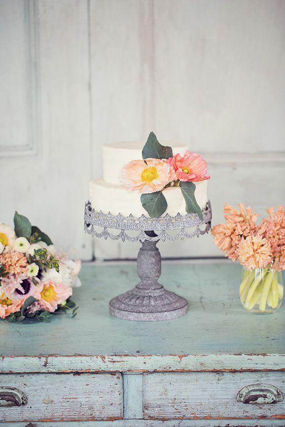 New Mint and Peach Wedding Decor