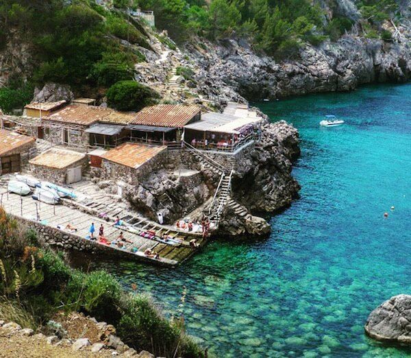 This is a gorgeous hike in Mallorca that my family and I did .. Cala de Deia ..