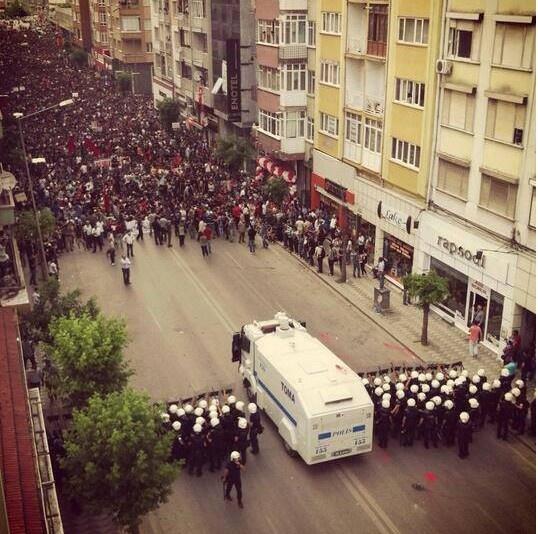 Eskişehir de Taksim Gezi Parkı direnişi.Mustafa Kemal'in Askerleri geliyor!!!