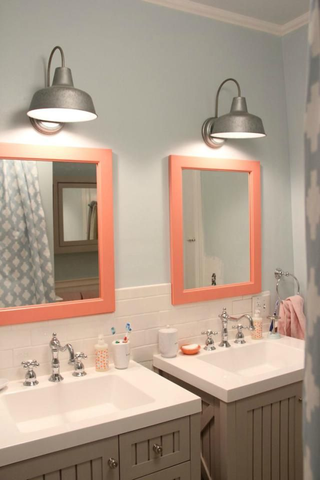 See why coral is a crazy perfect color for your bathroom for Coral reef bathroom decor