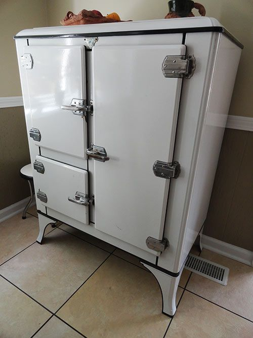 American Beauties 25 Vintage Stoves And Refrigerators From Readers Kitchens House Ideas Kitchen