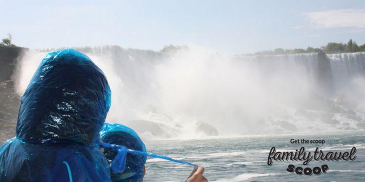 Family boat tour Niagara Falls