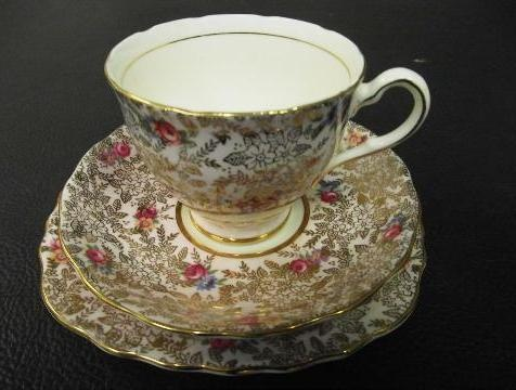Tea & Me Janice van der Molen's trio set, Gympie, Queensland #tea #queensland