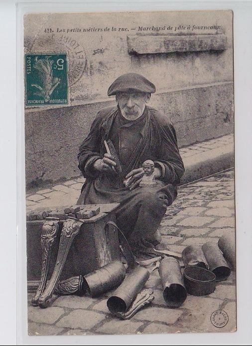 TOURS (série des métiers de Tours n° 421) : marchand de pâte à fourneaux - bon état (un coin ...
