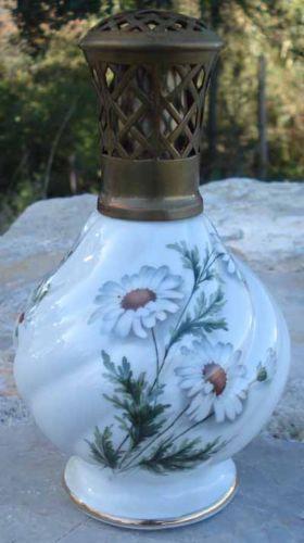 1000 images about lampe berger on pinterest bottle porcelain and delft. Black Bedroom Furniture Sets. Home Design Ideas