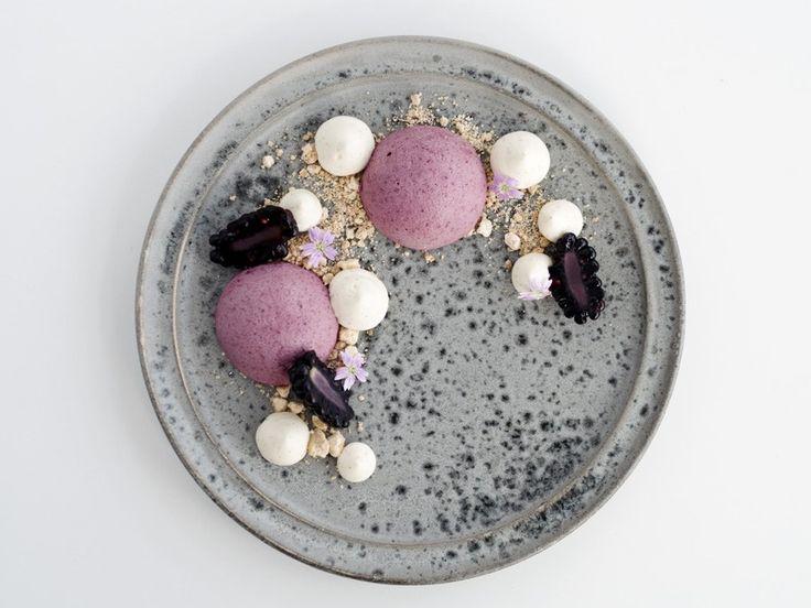 På madbloggen Copenhagen Cakes deler Cecilia Fahlström ud af sine yndlingsopskrifter på kager og alt fra det søde køkken.