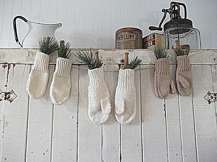 Mitten and greenery garland. Winter Decorating Ideas - Meadow Lake Road
