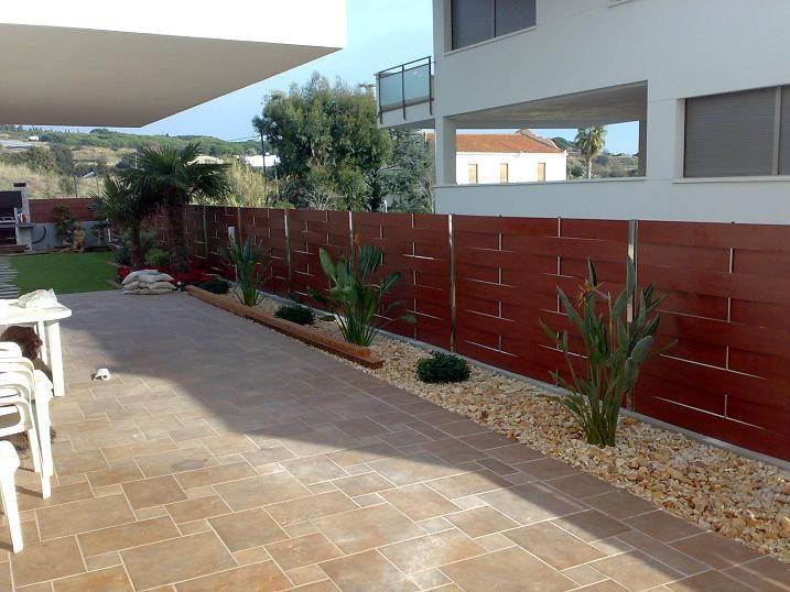 Vinuesa vallas cercados vallas de compacto fenolico - Ocultacion vallas jardin ...