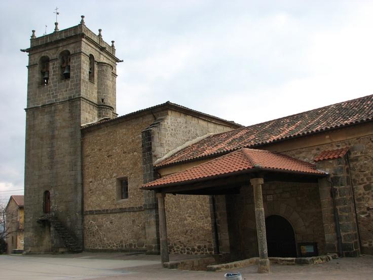 La Iglesia de la Asunción es el monumento sobresaliente de Herguijuela de la Sierra.