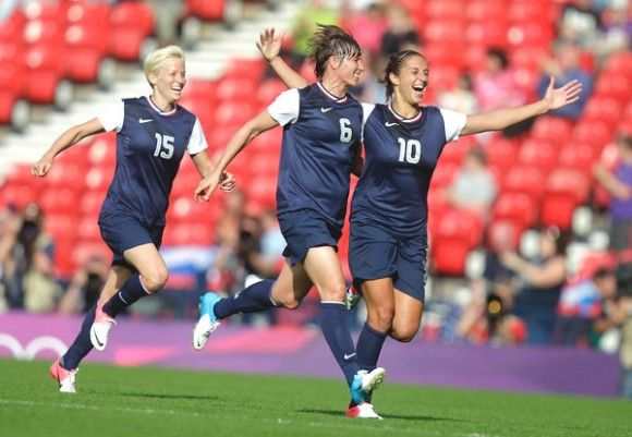 U.S. WOMEN'S SOCCER TEAM CELEBRATES THEIR VICTORY AGAINST FRANCE