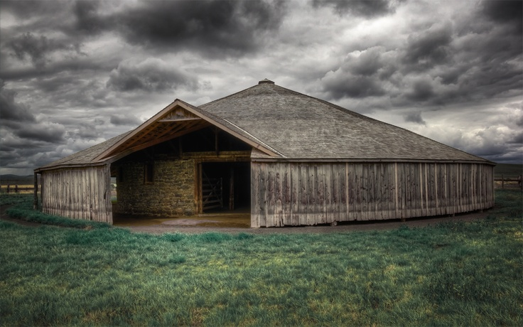 Harney county oregon barns | Peter French Barn - Remote Harney County Oregon