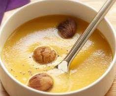 Recette velouté de potiron et châtaignes par clairounette24 - recette de la catégorie Soupes