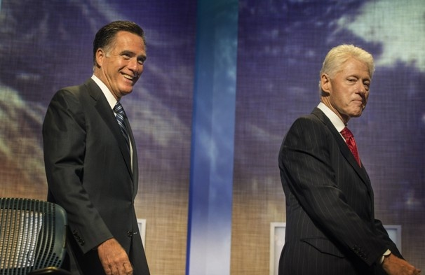 Romney says teachers' unions should be barred from making political contributions
