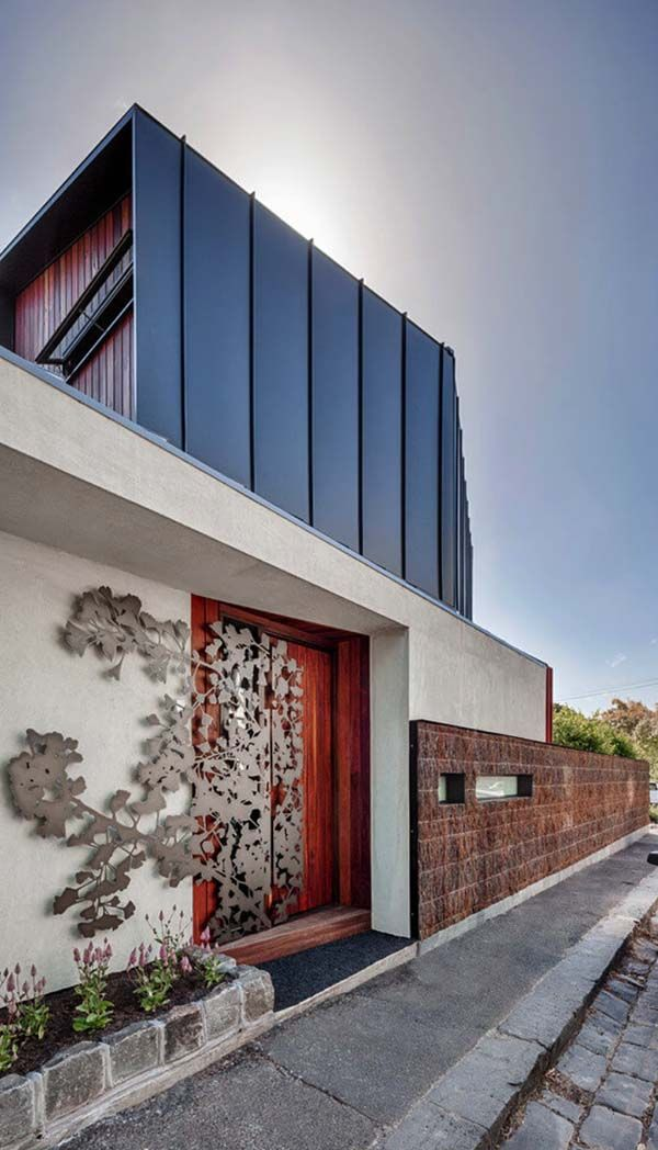 Contemporary makeover of an Australian home: Bell Street Tree House