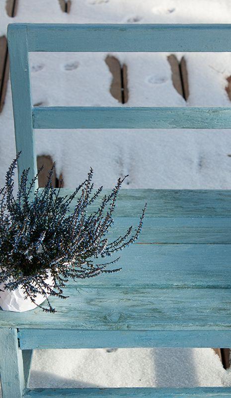 Stará lavička její proměna. Odstín Shannon Slate