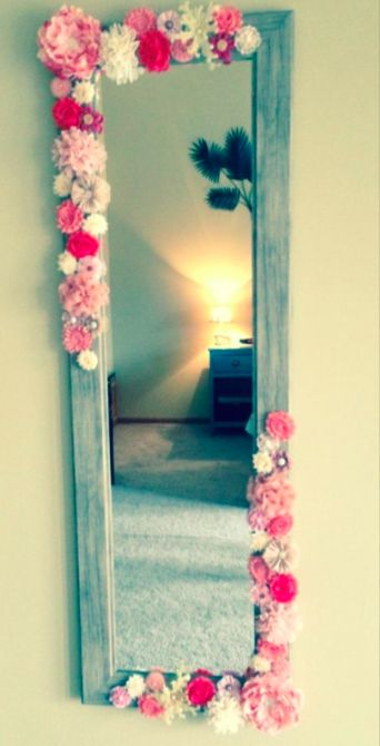 DIY flower mirror