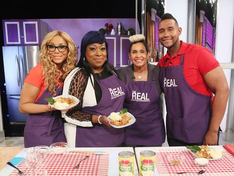 """From OWN's """"Welcome to Sweetie Pie's,"""" Miss Robbie and her son Tim show the hosts how to make Sweetie's Pear Cobbler! Check out the below recipe to try at home."""