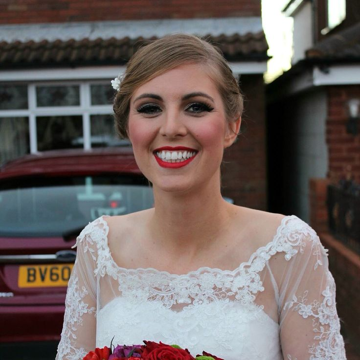 Here is the wedding makeup ive done today on the beautiful Heather and her bridal party. Heather got married at the beautiful St John's Church in Heath Hayes followed by a reception at the Cross Keys Football Ground. Congratulations Heather x  Wedding makeup by Helen Pearson Make-up Artist Wedding Hair by Sam Priest  www.helenpearsonmua.com  #Bridalmakeupartist #Cannock #westmidlandswedding #WestMidlands #Staffordshire #mua  #Bridalmakeup #artist #Weddingmakeup #wedding #bridesmaid #Makeup…