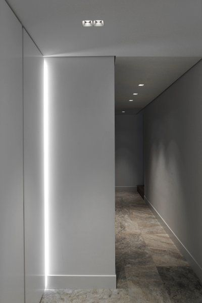 Private residence Laren | Kreon — purity in light baseboard
