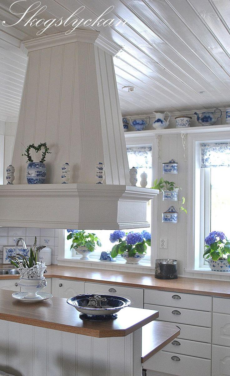 Beautiful White Country Kitchens Best 25 Swedish Kitchen Ideas On Pinterest  Scandinavian Small