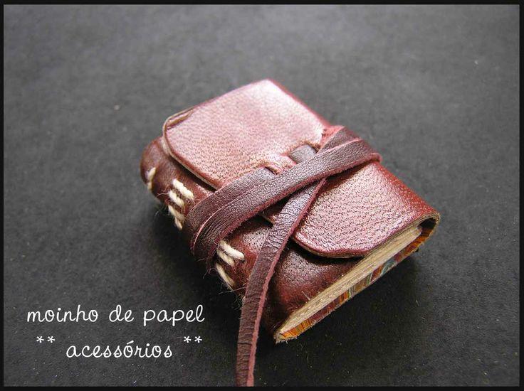 Miniature book by Moinho de Papel
