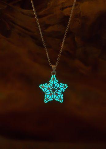 Brilha no Colar Estrela Escura – Colar de Natal Brilhante – Presentes de Natal para Ela – Presentes de Natal para Crianças – Celestial   – geburtstag♡