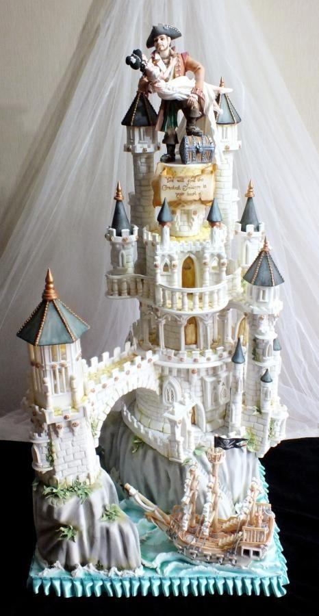 Cake International Gold Award Wedding Cake by Mother and Me Creative Cakes - http://cakesdecor.com/cakes/239570-cake-international-gold-award-wedding-cake
