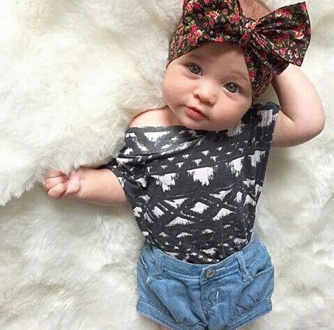 Dashing Baby is a hub of baby clothes, kids clothes & hair accessories. Most items under $