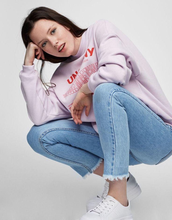 Mom fit jeans - Nejprodávanější ❤ - Oděvy - Ženy - PULL&BEAR Czech Republic