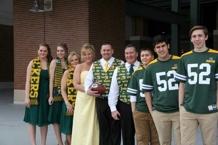 packer wedding - I know Jake would never go for this, but how stinkin' cute is this?