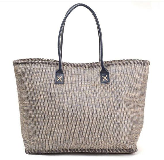 Jute Tote , Monogrammed tote, Utility Tote, Beach Bag, Personalized tote, Beach Tote, Embroidered tote, Beach Bag, Bridesmaid gift, jute, tote bag, canvas bag,burlap,monogram burlap Marled Jute Tote  Sturdy faux leather handle Magnetic snap closure Lined 2 open pockets inside Dimensions: 21