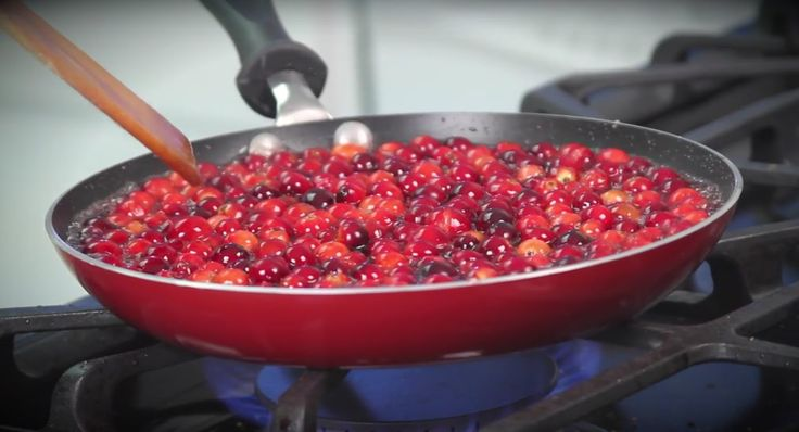 The Best #Zinfandel Cranberry Sauce #Recipe, courtesy of The California #Wine Club. You're welcome.