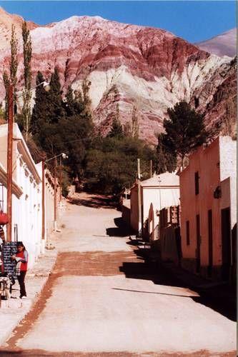 Pueblo de Purmamarca. Cerro de los siete colores