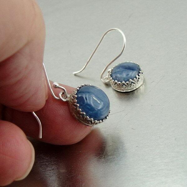 kyanite Gemstone and 925 Sterling Silver Dangle drop Fligree design Earring