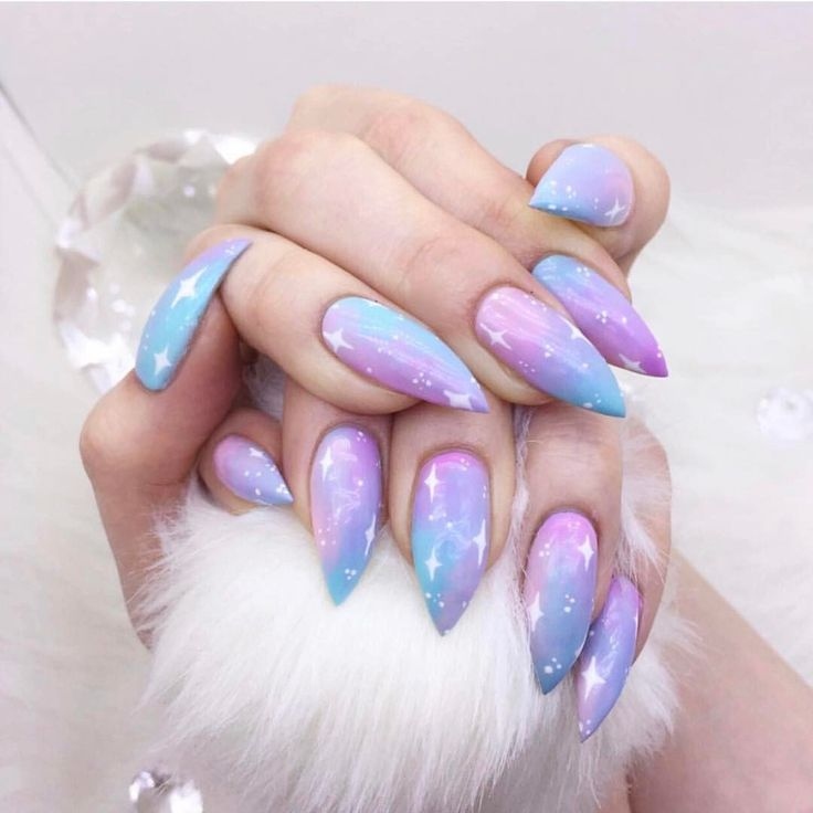 The 25+ Best Pastel Goth Nails Ideas On Pinterest