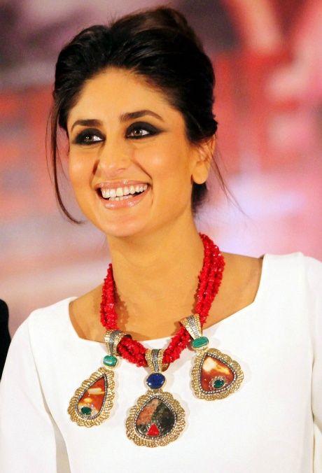 Kareena Kapoor #jewelry #bollywood #makeup