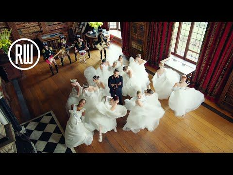 Robbie Williams | Party Like A Russian - Official Video - YouTube
