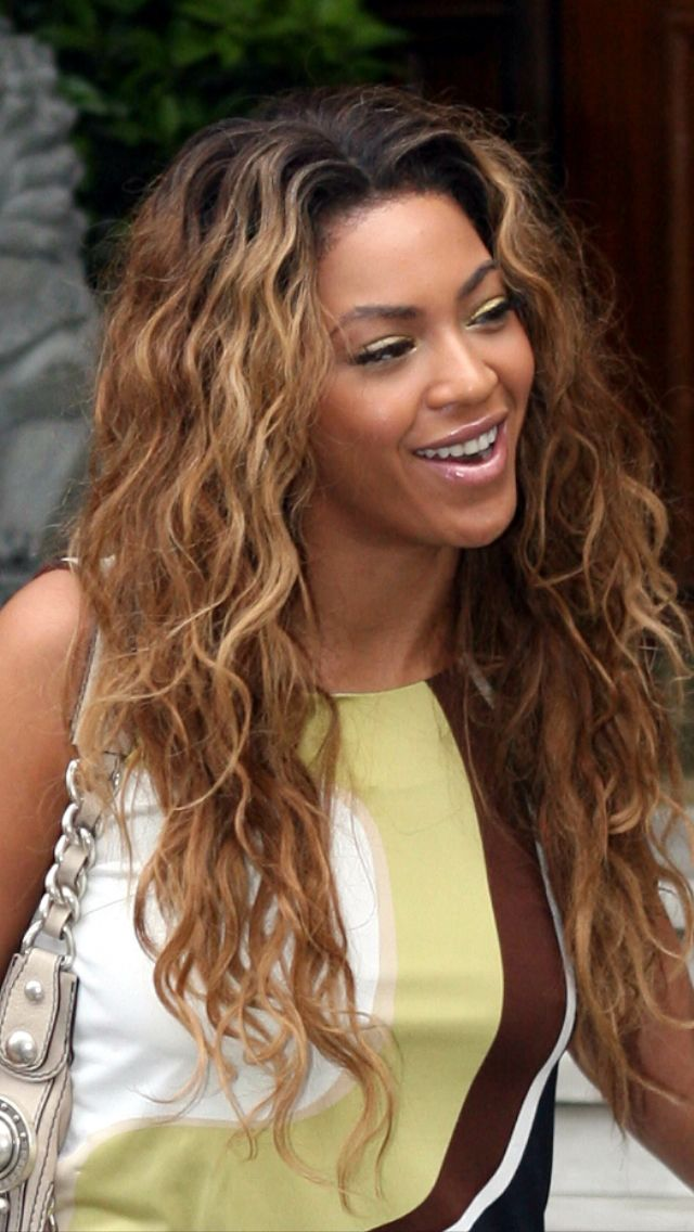 Beyonce's hair colour is my next goal lol