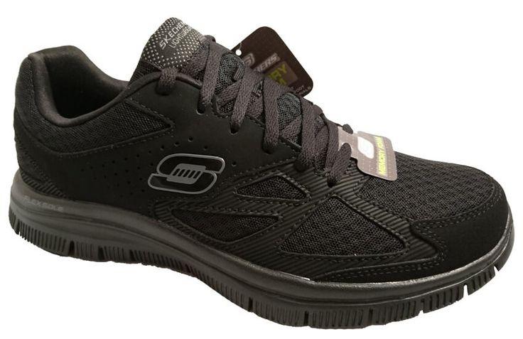 Black lightweight walking shoes for men, by Skechers by Skechers. Buy it 41,30 €