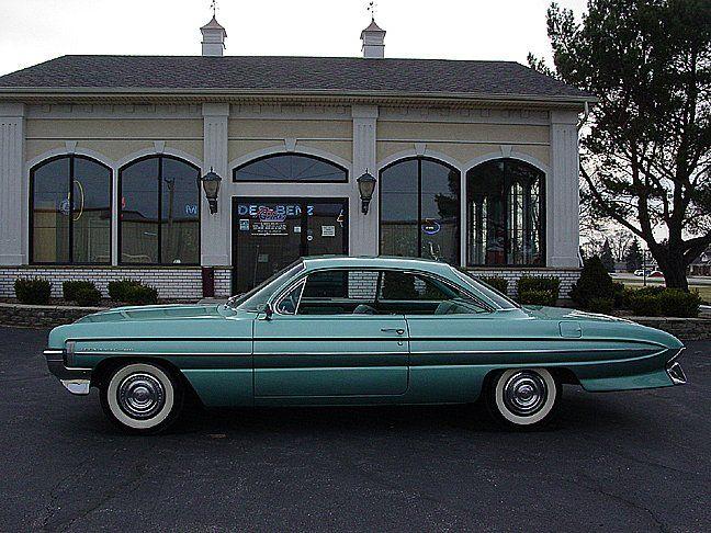 1961 Oldsmobile Dynamic 88 till salu - Annons för klassiska bilar från CollectionCar.com.
